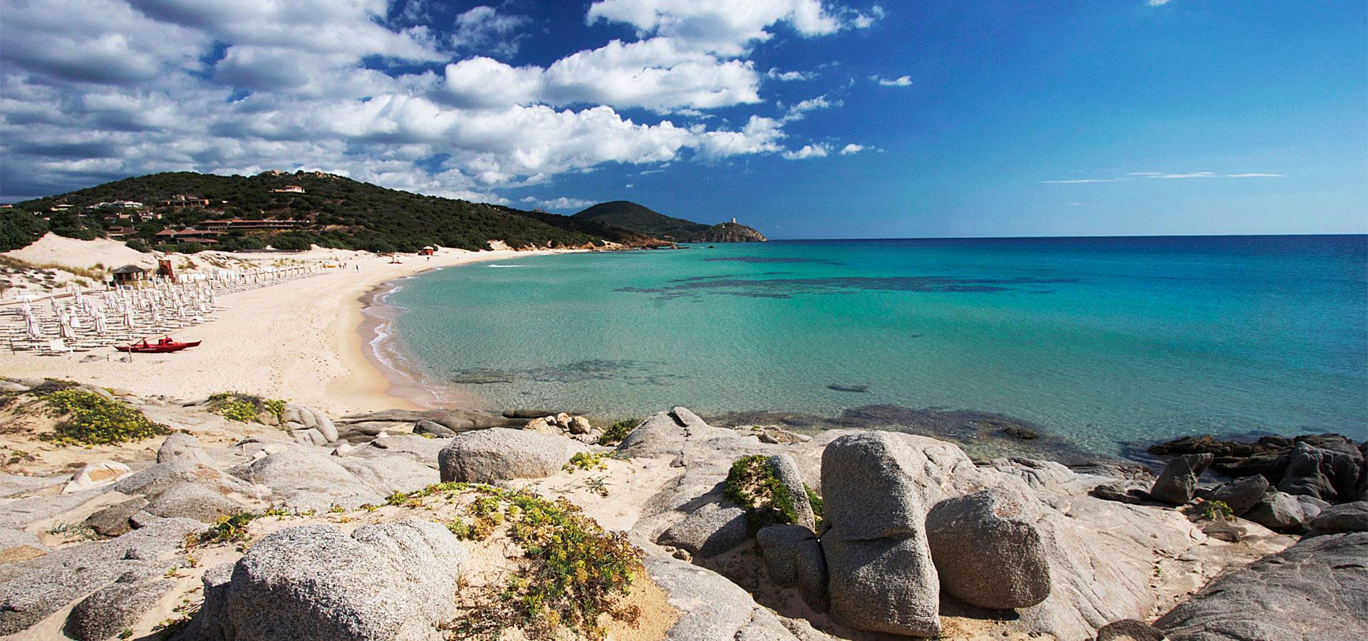 Pula-vacanza-al-mare-nella-costa-sud-della-Sardegna